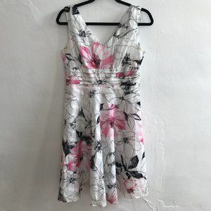 Robbie Bee White Floral Dress Sz 8P